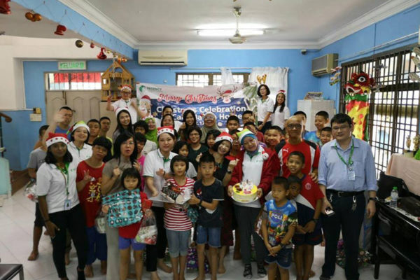 Christmas-Celebration-with-Care-Haven-Charity-Centre-2018-2